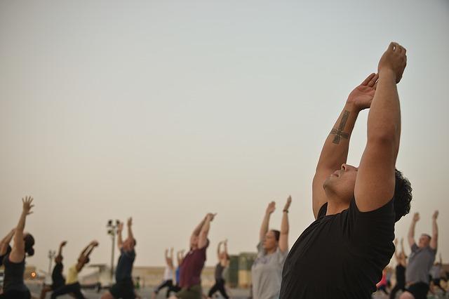 entrenamiento en grupo al aire libre